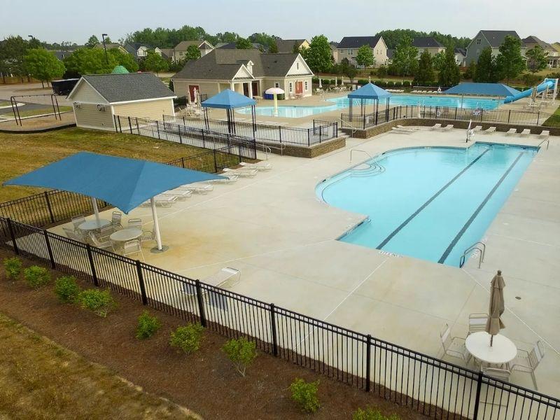 Lakes Community HOA Pool